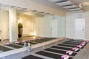 hot-yoga-amsterdam-rivierenbuurt