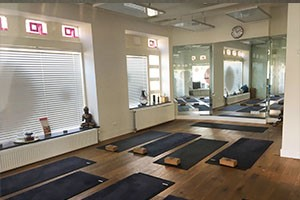 hot-yoga-studio-amsterdam-zuid