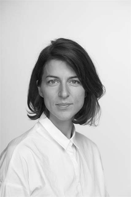 Julika Lomans